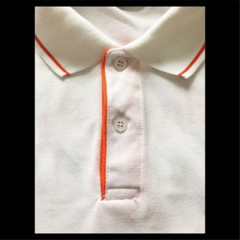 polo-Shirt kragen